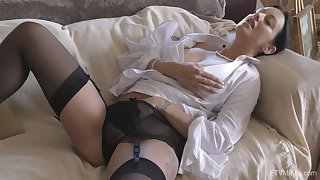 Kinky wife Cassie surrounding stockings and lingerie pleasures the brush cravings