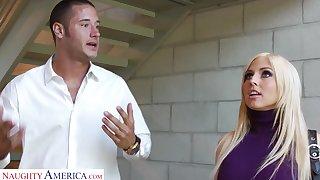 Shapely VIP prostitute Christie Stevens fucks their way client skillfully