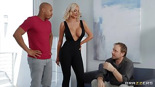 Black wood gives sex-mad festival bombshell Nicolette Shea what she needs