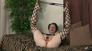 closeup film over be required of mature amateur Artemisia fingering her hairy cunt