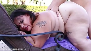 BBW not far from fat ass Victoria Secret - Oiled Up Secret - amateur hardcore not far from cumshots outdoors by the pool