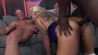 Overwhelming Sophie Anderson is MILF who loves hardcore double sageness